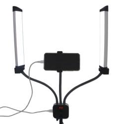 Lampe professionnelle avec support téléphone et télécommande.